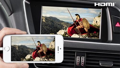 Alpine X701D-Q5 har en stor skjerm