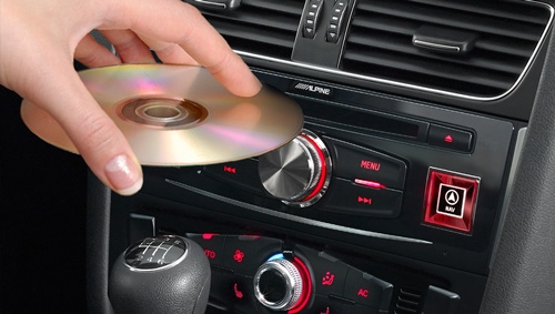 Alpine X701D-A4 har en valgfri DVD spiller mulighet - DVE-5300X